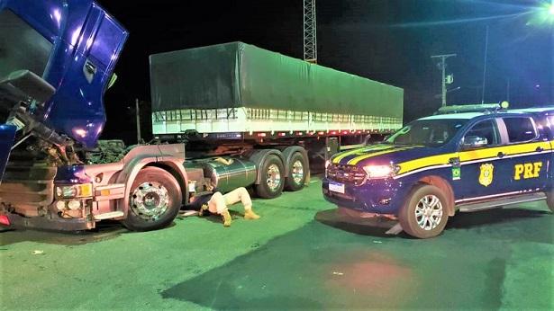 Caminhão Scania roubado em São Paulo é recuperado em Jequié - jequie, bahia