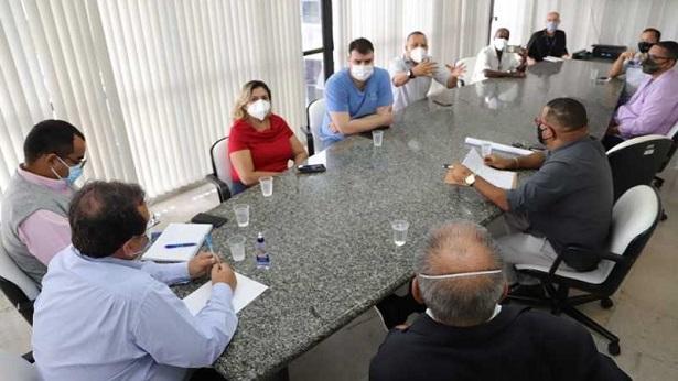 Representantes da Feira de São Joaquim dialogam com secretário sobre requalificação - salvador, bahia