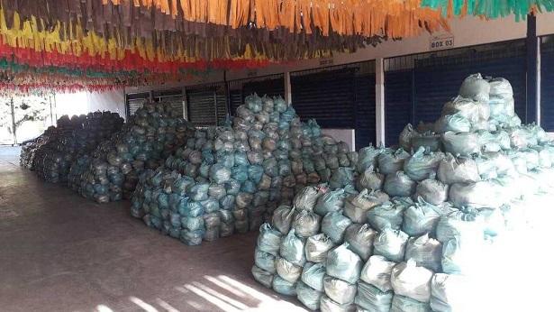 Milagres: Município distribui 40 toneladas de alimentos e antecipa 13º salário - milagres, destaque