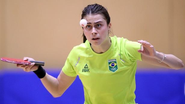 Bruna Takahashi não passa por rival francesa em Tóquio e foca na competição por equipes - esporte