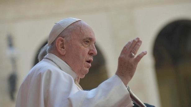 """""""Senti apoio de vossas orações"""", diz papa durante missa em policlínica - catolico"""