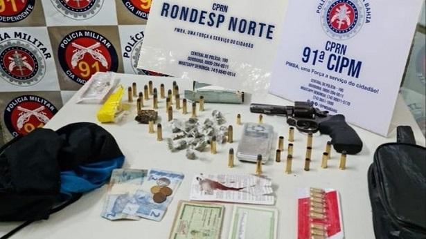 Araci: Cães policiais localizam 42 tabletes de maconha - policia, bahia, araci