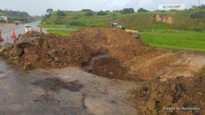 SAJ: Obra para fechamento de cratera no cruzamento da BA-046 com a BR-101 é iniciada - saj, noticias, destaque