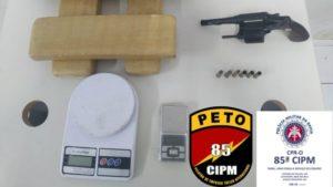 Luís Eduardo Magalhães: Tabletes de maconha e arma são localizados com traficante - luis-eduardo-magalhaes, bahia