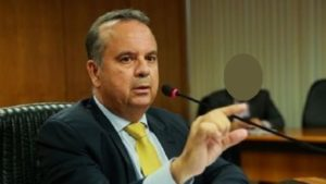 Ministro Rogério Marinho recebe alta após cirurgia e retorna para Trancoso - brasil