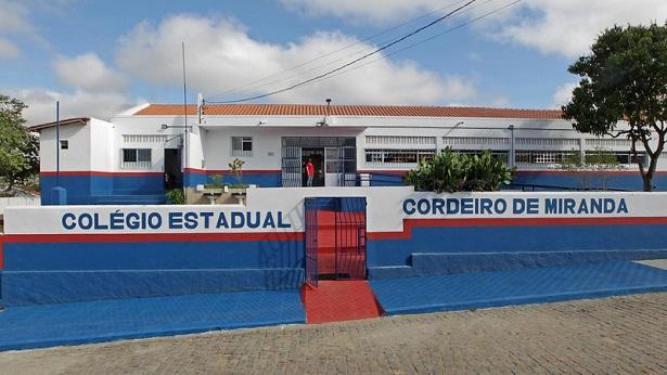 Itaju do Colônia: Escola estadual é entregue reformada pelo Governo do Estado - itaju-do-colonia, educacao, economia, bahia