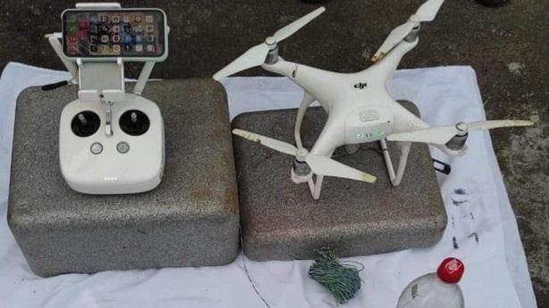 Valença: Drone é apreendido pela polícia no momento em que entregava celulares em presídio - valenca, policia, bahia