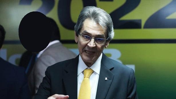 Ex-deputado federal e presidente do PTB, Roberto Jefferson, é levado para Bangu 8 - brasil