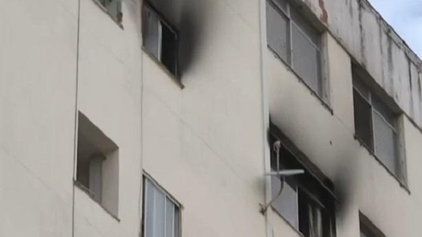 Salvador: Incêndio atinge apartamento na Barra - salvador, transito