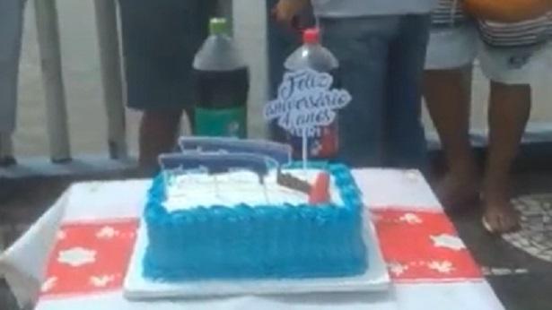 Nazaré das Farinhas: Moradores fazem bolo de aniversário para ponte interditada há 4 anos - nazare, destaque