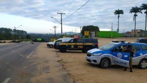 Polícia libera fluxo em rodovias de Nova Viçosa, Correntina e Brumado - nova-vicosa, noticias, destaque, correntina, brumado, bahia