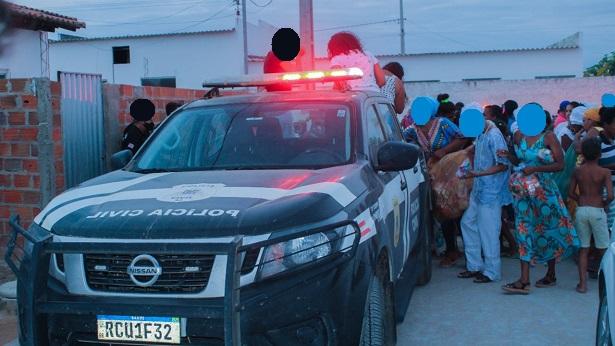 Iaçu: Delegacia realiza ação solidária para crianças - noticias, iacu