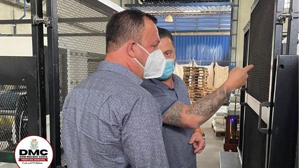 Durante visita à fábrica em São Paulo prefeito Egnaldo Piton trata sobre geração de novos empregos em Dom Macedo - dom-macedo-costa, bahia