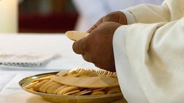 Gestos solidários marcam novenário de São Cosme e Damião em Salvador - salvador