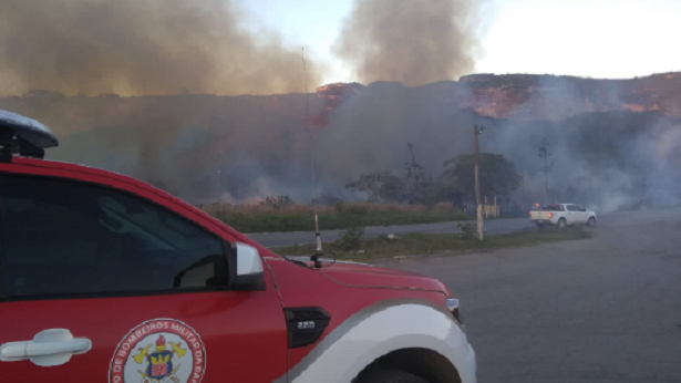 Fogo de dez metros de altura na Chapada é controlado, mas incêndios crescem na região - noticias, chapada-diamantina, bahia