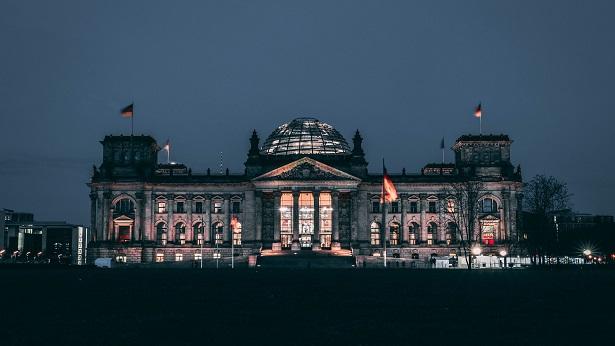 Alemanha: Partido Social-Democrata vence com 25,7% dos votos - politica, mundo
