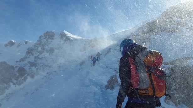 Tempestade de neve mata cinco alpinistas no Monte Elbrus na Rússia - mundo, transito