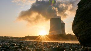 Decreto cria a Empresa Brasileira de Participações em Energia Nuclear - politica, justica