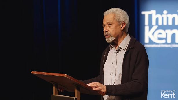 Romancista da Tanzânia, Abdulrazak Gurnah vence o prêmio Nobel de Literatura - mundo, educacao