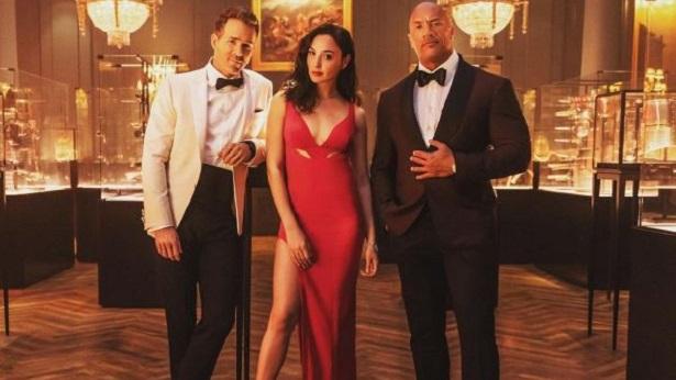 Filme mais caro da Netflix, 'Alerta Vermelho' ganha trailer inédito - cinema