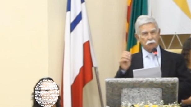Brumado: Após participar de ato a favor de Bolsonaro, prefeito pede desfiliação do PSB - politica, brumado, bahia