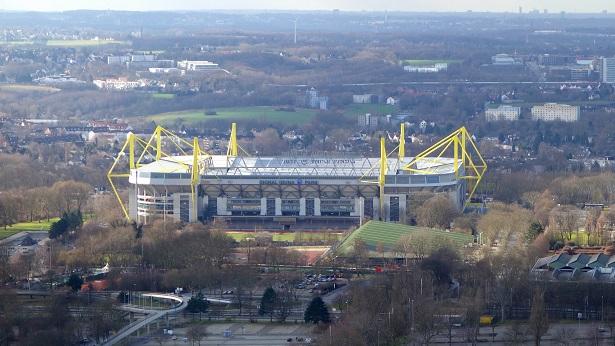 Bomba da Segunda Guerra Mundial é desarmada perto de estádio do Borussia Dortmund - mundo