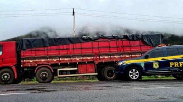 Jequié: Caminhão com 25 toneladas de farinha de trigo é apreendido por sonegação fiscal - noticias, jequie, bahia
