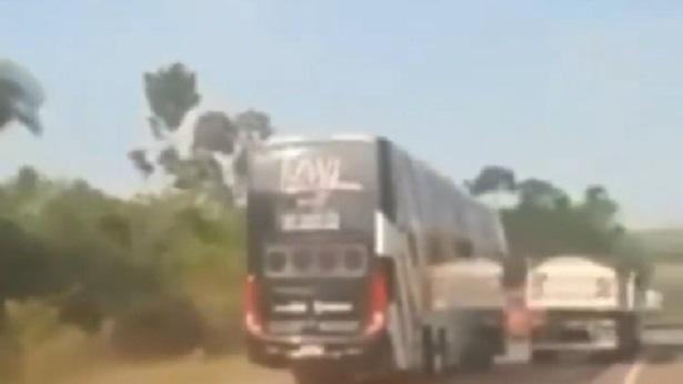 Motorista de Tierry faz manobra perigosa conduzindo ônibus - brasil